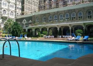 Der Poolbereich vom Taj Mahal Palace in Mumbai - Foto: Andreas-Frank